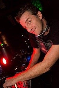 """dennis price nu3.mg  - Dennis Price (1972-2017) (NL): """"Completely addicted to mixing"""""""