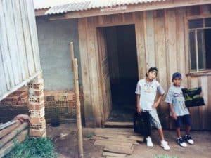 Afrozoid broertjes als kind