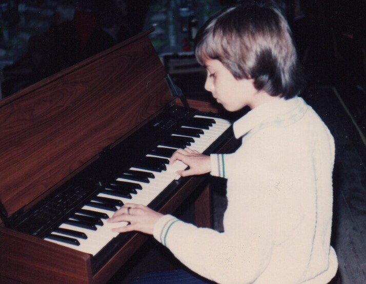 Uner at his first piano concert