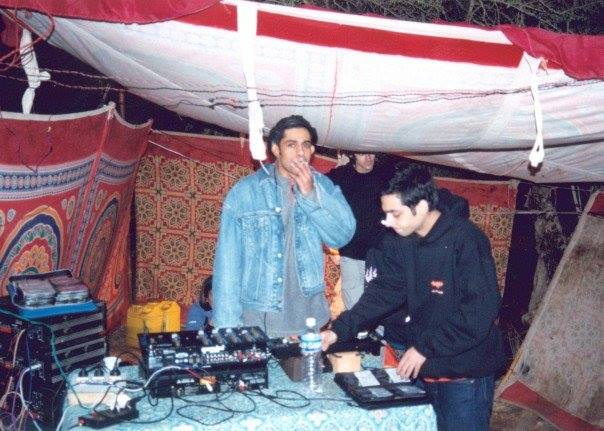 calm chor around the time of his first gig
