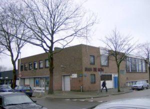 """Hoogvliet Wijkgeb.S.W.E. de Kom 300x218 - Ricky da Dragon (NL): """"Het was notabene in een kerk"""""""