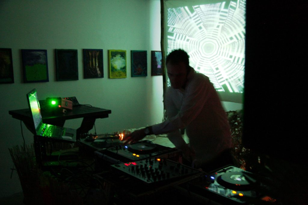 "eerste technology alkmaar 1024x683 - Sander Bottaio (NL): ""I still prefer vinyl"""