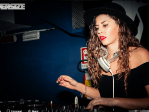 DJ BEC (US) at her First Gig